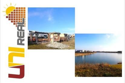 - UNI-Real - Rohbau: See-Grundstück m. Einreichplanung