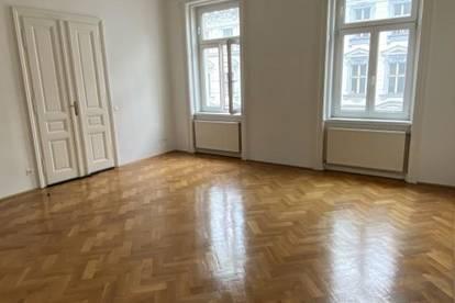Großzügig aufgeteilte 3-Zimmer Altbauwohnung Nähe Volksoper - WG geeignet