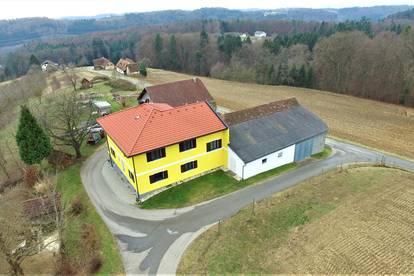 Schönes landwirtschaftliches Anwesen in ruhiger, sonniger Lage mit herrlichem Fernblick ...!