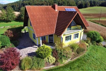 Wunderschönes, äußerst gepflegtes Einfamilienhaus in ländlicher Umgebung ...!