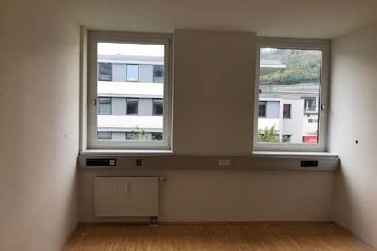 Büro-/Praxisflächen Nähe Westbahnhof