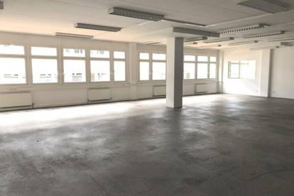vielseitige Büro-/Lager-/Werkstattfläche im Gewerbepark Rossau L130
