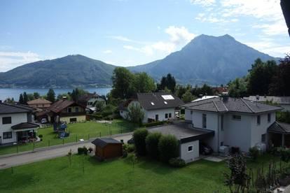 Geräumiges, gepflegtes Ein-Zweifamilienhaus mit Seeblick