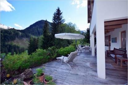 Schöne große Wohnung in ruhiger und sonniger Hanglage, teilbar in 2 Wohneinheiten. Zweitwohnsitz!