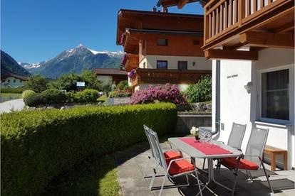 Große Wohnung mit 3 Schlafzimmer, Garten und TG in zentr. Lage von Kaprun. Blick auf´s Kitzsteinhorn