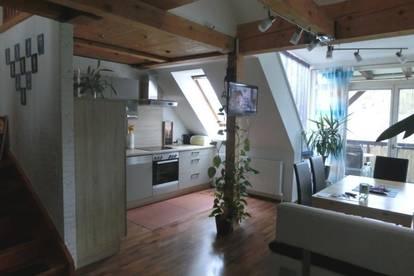 Straßgang/Seiersberg, schöne moderne DG Wohnung mit Galerie, West -Balkon und Carport