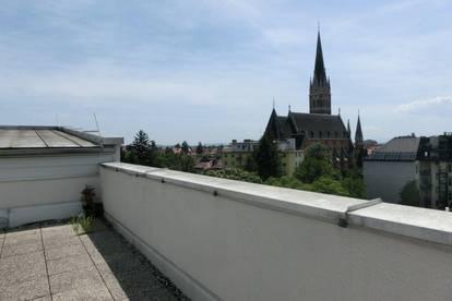 Herz Jesuviertel u. Uni Nähe herzige sanierte 2 Zimmerwohnung+ sep Küche mit Balkon, WG geeignet