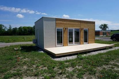 NEUBAU – klimatisiertes, schlüsselfertiges und möbliertes Modulhaus auf Pachtgrund zu verkaufen - MUSTERHAUS