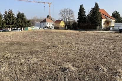 aufgeschlossener Baugrund - Eckgrundstück - mit zweiter Zufahrt - KEIN BAUZWANG