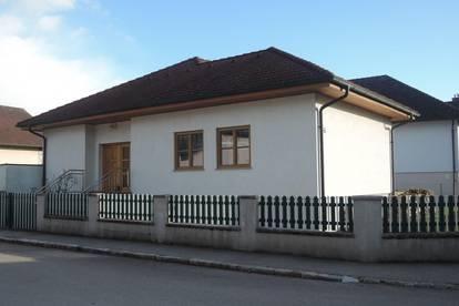 Tolles, neuwertiges Haus in Zellerndorf