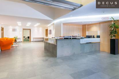 Geschäfts- bzw. Veranstaltungsfläche an der U4 mit direktem Zugang zur Tiefgarage | WESTEINFAHRT