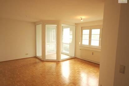 Schöne 3 Zi-Wohnung Waidmannsdorf mit Tiefgarage, sehr zentral