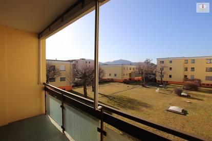 3 Zimmer- Wohnung in Waidmannsdorf - Mozartstrasse - Sanierungsbedürftigt - Tiefgarage - 2,5 Zimmer