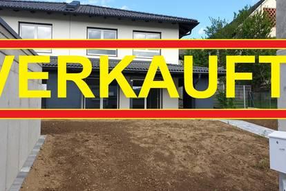 Jetzt oder nie - Hochwertige Doppelhaushälfte in Welzenegg mit Doppelccarport