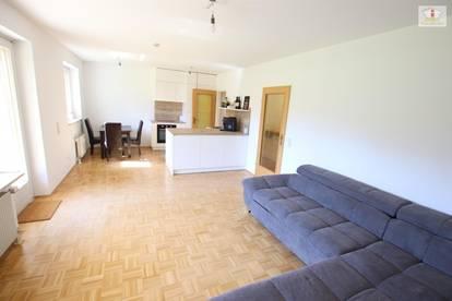 Tolle 2 Zi Gartenwohnung mit 190m² Eigengarten und Tiefgarage in der Akazienhofstrasse!