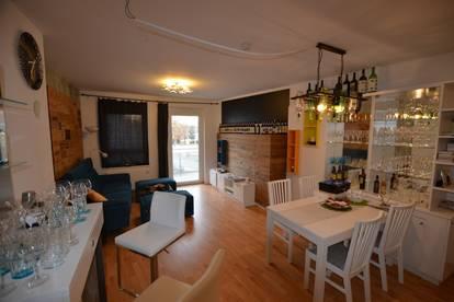 Zentral gelegene möblierte 3 Zimmer Wohnung mit Balkon