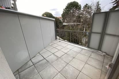 ERSTBEZUG - zentral gelegene 3 Zimmer Wohnung mit Balkon