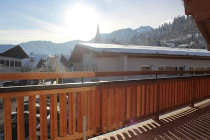 Objekt. Nr.: M1001 - Fieberbrunn: Zentrale Lage / Miete: ca. 85m² große wunderschöne exklusive edle Dachgeschosswohnung in perfekter Zentral Lage