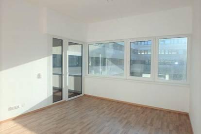 Neue 2-Zimmer Wohnung mit Lift, Loggia und Garagenplatz