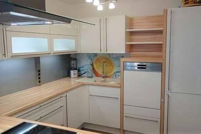 Dachgeschoss-Wohnung in ruhiger Lage mit Gemeinschaftsgarten