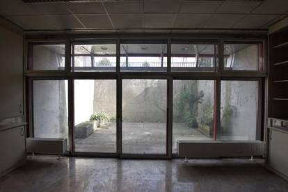 Günstige Büroflächen im UG