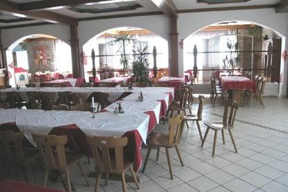 Klagenfurt-Wörthersee wenige KM: Schönes, großes Restaurant mit 130 m² Wohnung