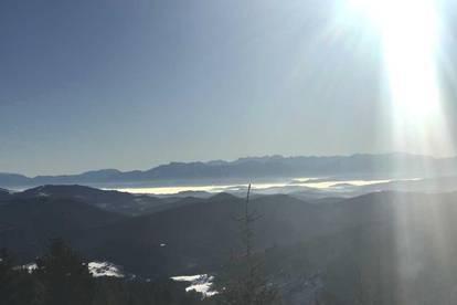 Kärnten- Hochrindl 1600 m Seehöhe, gepflegtes Wohnhaus, Ruhelage am Waldrand, Fernsicht