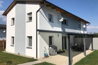 Gleisdorf! Neuwertige Doppelhaushälfte in ruhiger Sonnenlage!