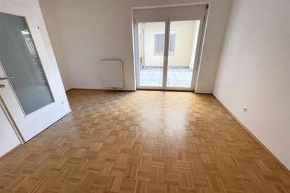 Jakominiplatz! Schöne 2 Zimmer Terrassenwohnung inmitten des Grazer Zentrums!