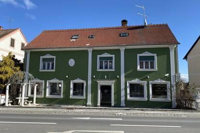 Bestandsfreies, ehemaliges Apartmenthaus mit einem Geschäftslokal (5 Minuten von der Therme entfernt)