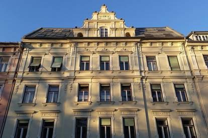 Brockmanngasse 108/1- Helle Dachgeschosswohnung mit Balkon