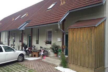 Wohnen im Reihenhausstil mit Terrasse und Grünfläche in Hitzendorf