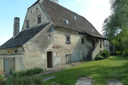 Historische Mühle mit großem Wohnpotenzial, aber auch Sanierungsbedarf !