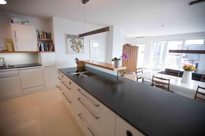 Wohntraum- neuwertige Dachgeschosswohnung