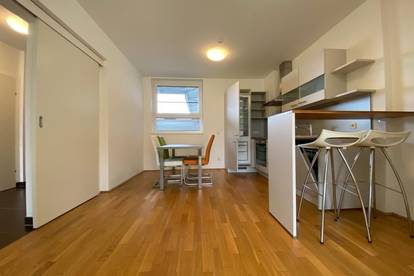 Provisionsfrei und erstes Monat mietfrei!!! Möblierte 3-Zimmer-Wohnung mit Balkon