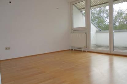 2-Zimmer-Wohnung mit Dachterrasse - verfügbar ab 01. April 2020!