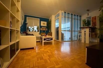 Klassische, ruhige 2-Zimmer-Wohnung mit Loggia - verfügbar ab 01. April 2020!