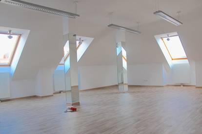 TOPLAGE! Büroflächen im Dachgschoß nächst Fußgängerzone