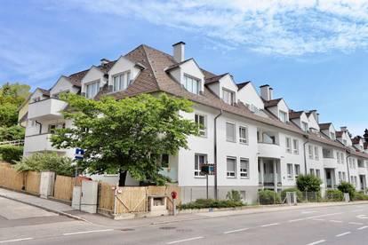 KIERLING! Helle 3-Zimmer-Dachwohnung mit gemütlichem Balkon und Garagenoption