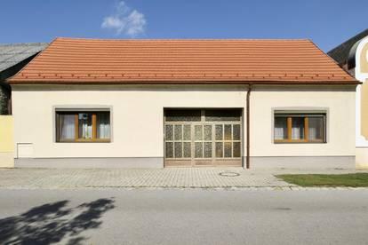 Einfamilienhaus mit großzügigem Grundstück u. Hallenflächen in Neudorf bei Parndorf
