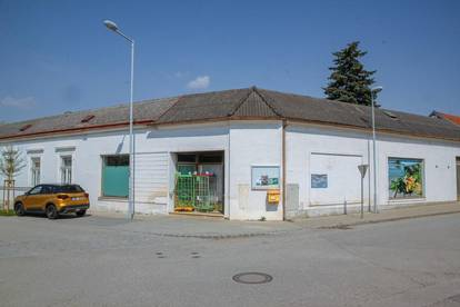 Renovierungsbedürftiges Wohnhaus in Neusiedl am See im Ortskern