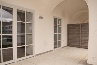 Schloss Neusiedl - Wohnung TOP 2.02 mit Loggia und Garten - PROVISIONSFREI