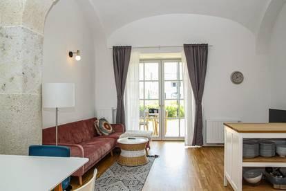 Schloss Neusiedl - Wohnung Top 1.09 im Erdgeschoß mit Garten