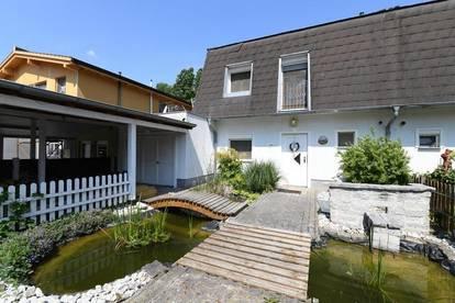 Tolle Doppelhaushälfte mit Pool in Grünruhelage