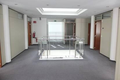 Geschäfts- Büro- Praxisräume im Zentrum von Reutte zu mieten