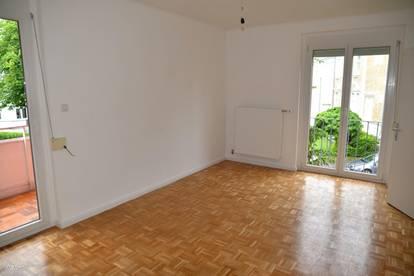 Topsanierte Zweizimmerwohnung in zentraler Lage