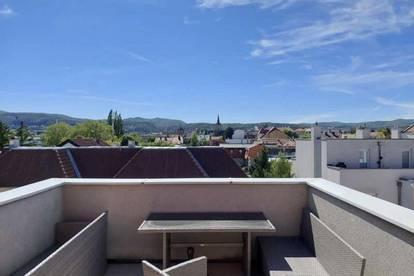 Sonnige Maisonette-Wohnung mit Weitblick und Garagenplatz optional