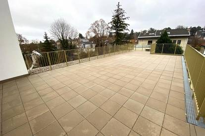 NEUBAU , 3 Zimmer-Dachgeschoss mit 69 m² Terrasse