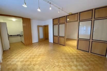 2,5 Zimmer Wohnung mit Loggia im Zentrum!