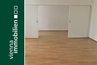 Charmante 2-Zimmer-Wohnung mit Eigengarten